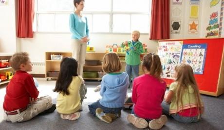 Αγώνας δρόμου για τη δίχρονη υποχρεωτική προσχολική αγωγή
