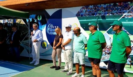 Επισκευή και συντήρηση γηπέδων τένις  του Δήμου  από την ΠΝΑΙ
