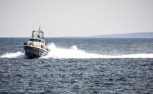 Σαρανταπέντε μετανάστες σε μια φουσκωτή βάρκα